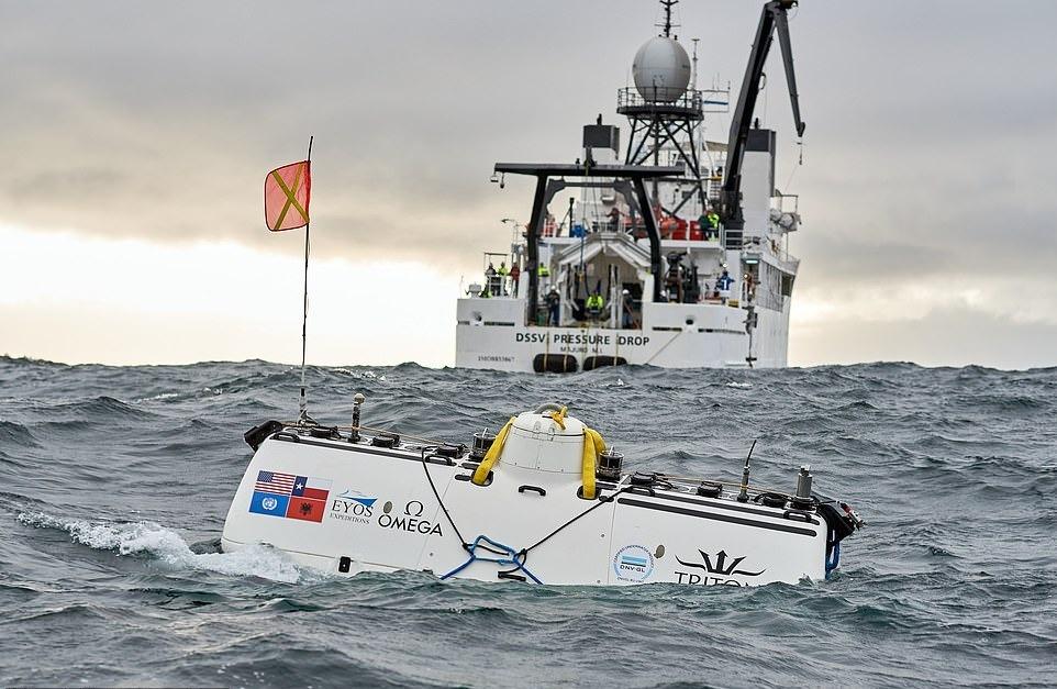 Chiếc xe chìm có tên Limiting Factor sẽ đưa 3 du khách may mắn xuống đáy rãnh Mariana, nơi sâu nhất trong các đại dương. Đây là lần đầu tiên khách du lịch có cơ hội khám phá khu vực cực đoan nhất đại dương với chi phí 750.000 USD.