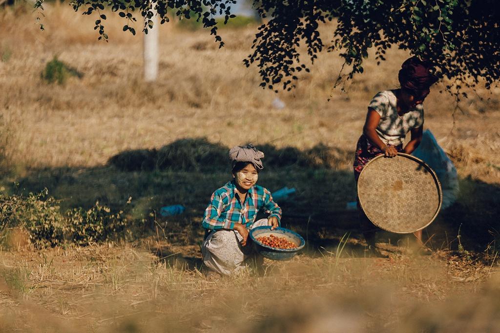 Với những người dân thân thiện, mến khách, khí hậu, địa hình Myanmar khá giống ở Việt Nam. Bạn sẽ không quá khó khăn trong hành trình trải nghiệm trên miền đất linh thiêng này.
