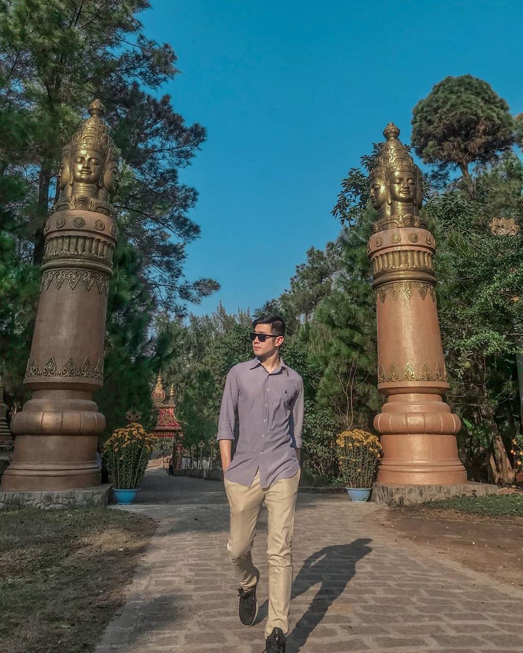 Lạc bước xứ chùa Vàng tại ngôi chùa Thiền Lâm tuyệt đẹp xứ Huế – iVIVU.com