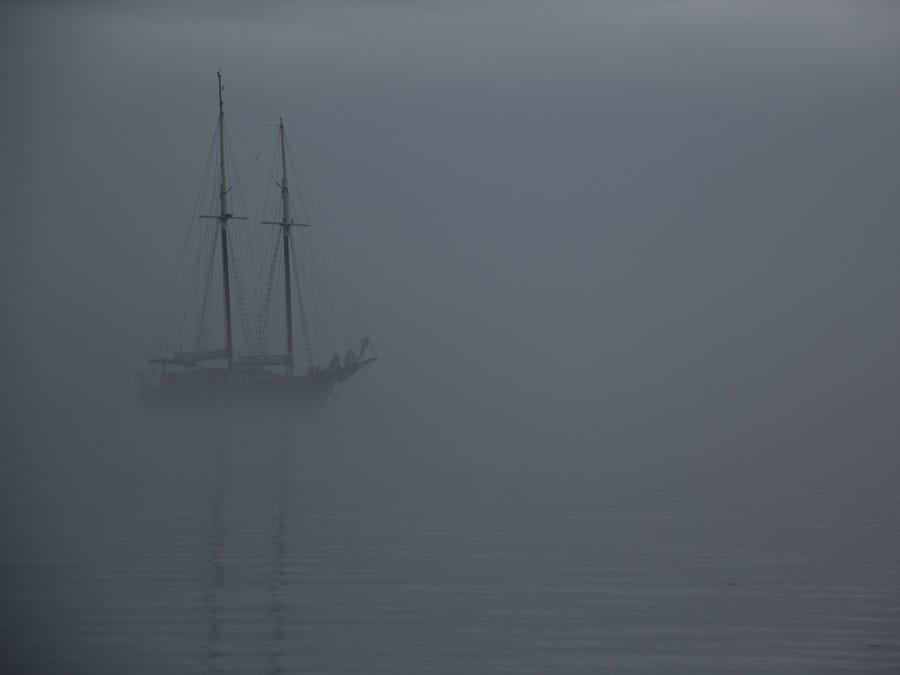 Con tàu ma ở Tam giác quỷ: Vào năm 1881, con tàu đang đi từ Liverpool (Anh) đến New York (Mỹ) Ellen Austin đi qua Tam giác quỷ Bermuda và tình cờ thấy một con tàu ma. Tàu này có kho đầy ắp hàng hóa giá trị nhưng không có người. Tàu Ellen Austin đã cố gắng kéo con tàu ma trở lại bờ, nhưng nó liên tục biến mất trên biển. Ảnh: Shutterstock.