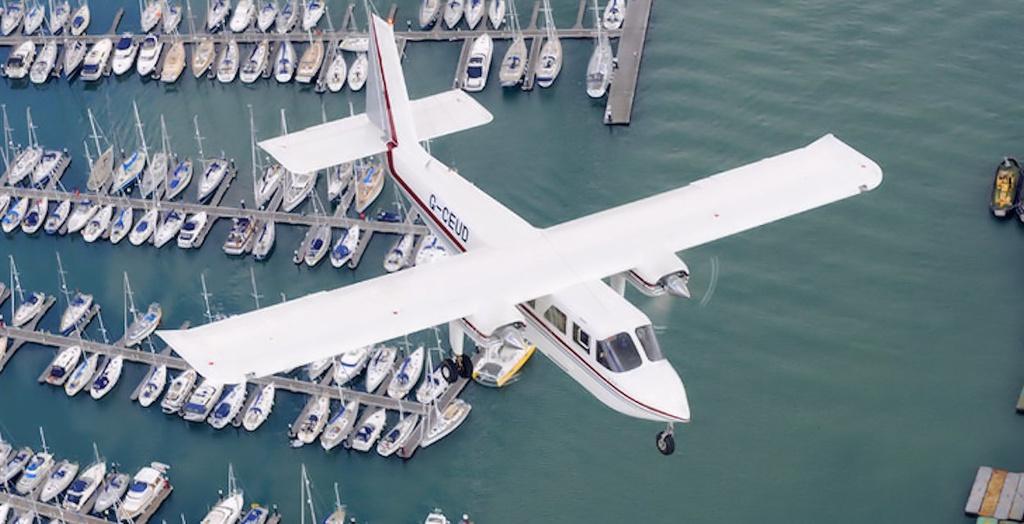 Chiếc máy bay cuối cùng mất tín hiệu và biến mất không dấu vết vào năm 2008: Một máy bay mất tích ở Tam giác quỷ chỉ vài năm trước, vào năm 2008, chứng minh rằng không gian bí ẩn này không có giới hạn. Chiếc Trislander 3 động cơ cất cánh từ Santiago đến New York (Mỹ) vào ngày 15/12/2008 với 12 người, đã biến mất khỏi radar sau khoảng 35 phút từ khi cất cánh. Vụ mất tích này là vụ cuối cùng diễn ra ở Tam giác quỷ Bermuda. Ảnh: Britten-Norman.