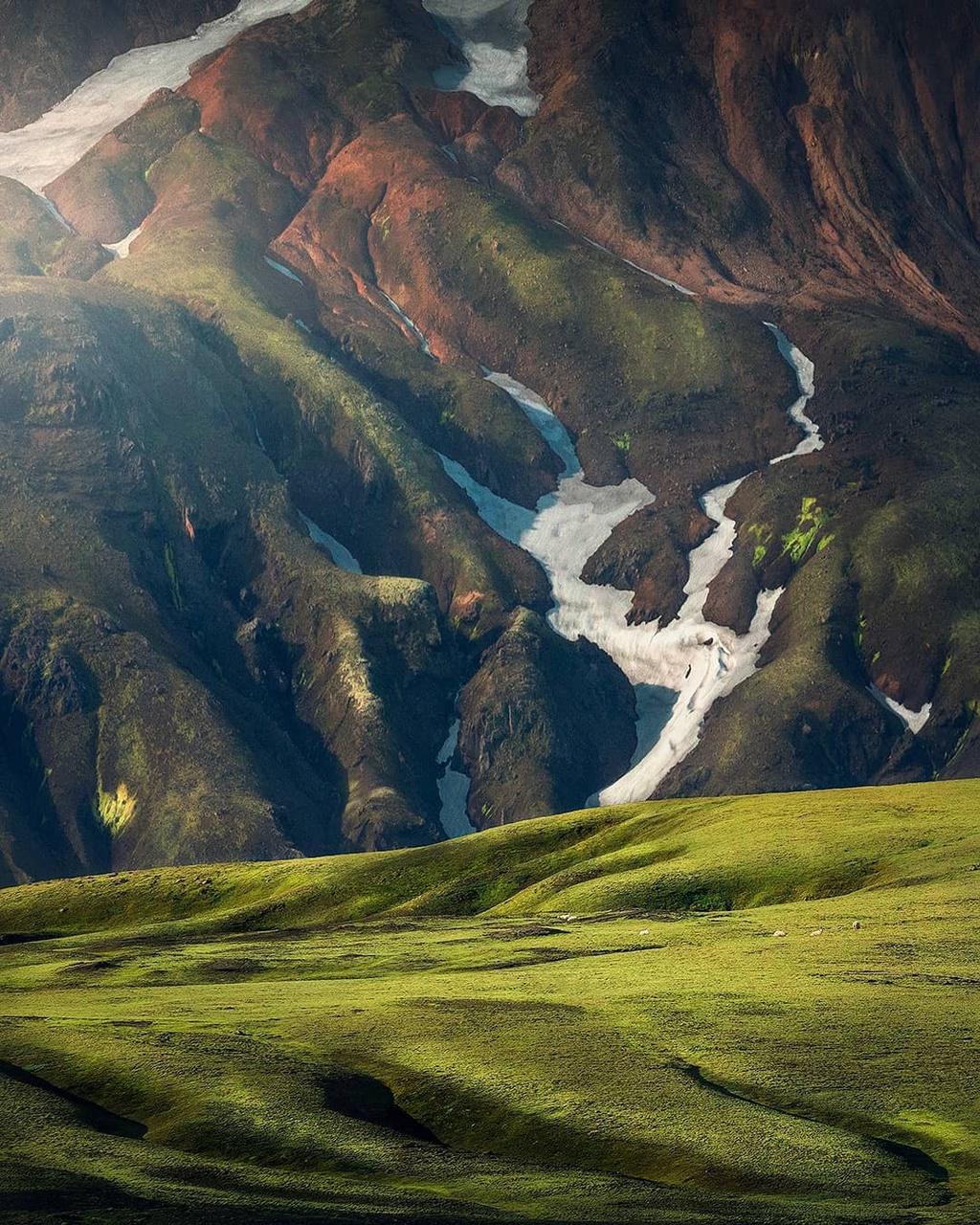 nhung-mien-dat-mau-xanh-o-Iceland-ivivu-15