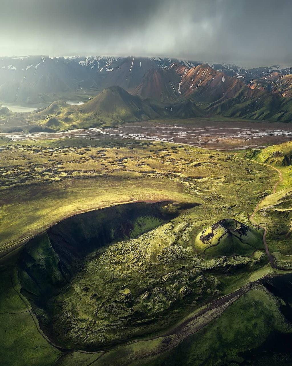 nhung-mien-dat-mau-xanh-o-Iceland-ivivu-9