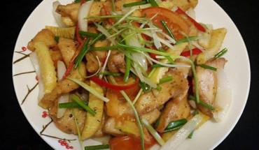 gà xào khoai tây - vietnamnet
