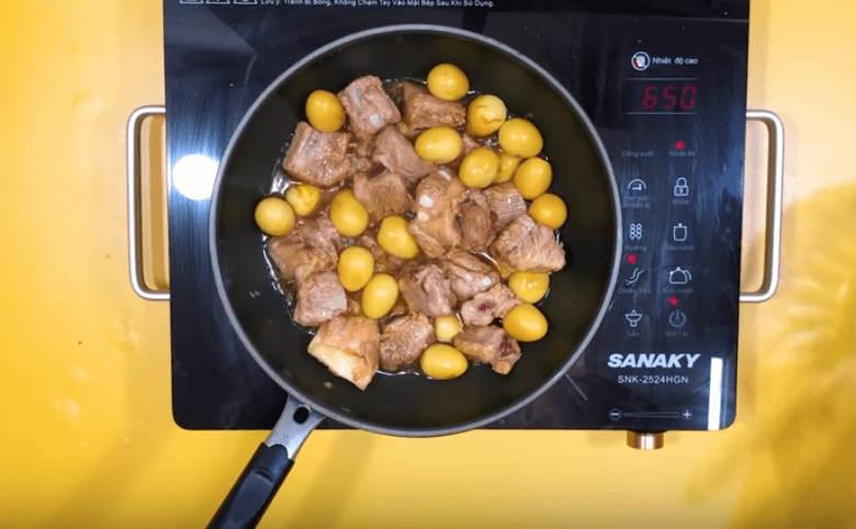 hướng dẫn cách nấu sườn kho