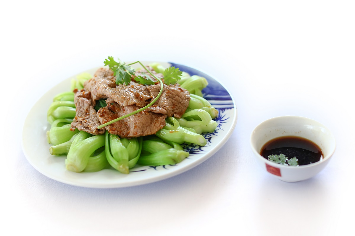 bo-sung-vitamin-cho-co-the-voi-mon-cai-thia-xao-thit-bo-sieu-de-lam-ivivu-1