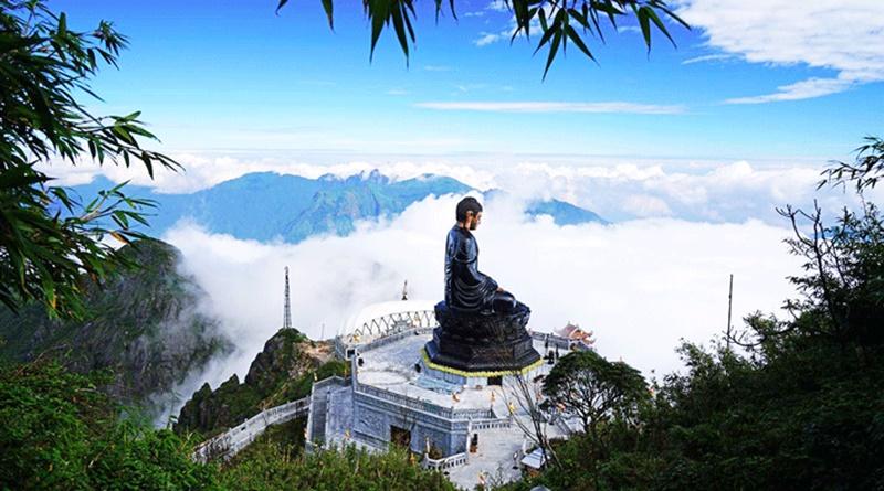 Tượng Phật trên đỉnh Fansipan