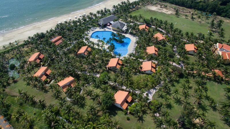 top-3-resort-phan-thiet-tet-duong-lich-2021-ivivu-3