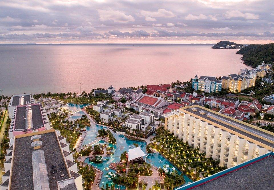 top-9-resort-phu-quoc-tet-duong-lich-ivivu-12