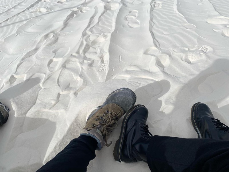 ca-troi-trang-xoa-nhung-khong-phai-tuyet-o-white-sands-national-park-ivivu-2