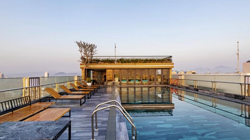 3N2Đ ở Minh Toàn Ocean Hotel Đà Nẵng + Vé máy bay khứ hồi + Ăn sáng giá chỉ 2.099.000 đồng/khách