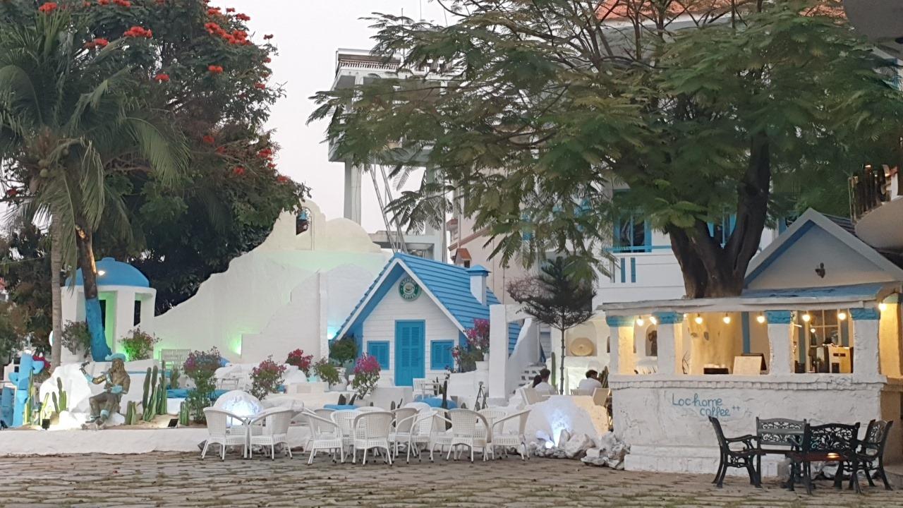 Lochome Coffee Mũi Né, quán cà phê phong cách Địa Trung Hải siêu xinh ở Phan Thiết