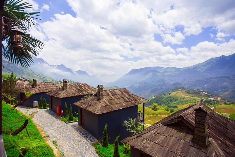 The-Mong-Village-Sapa-ivivu-11