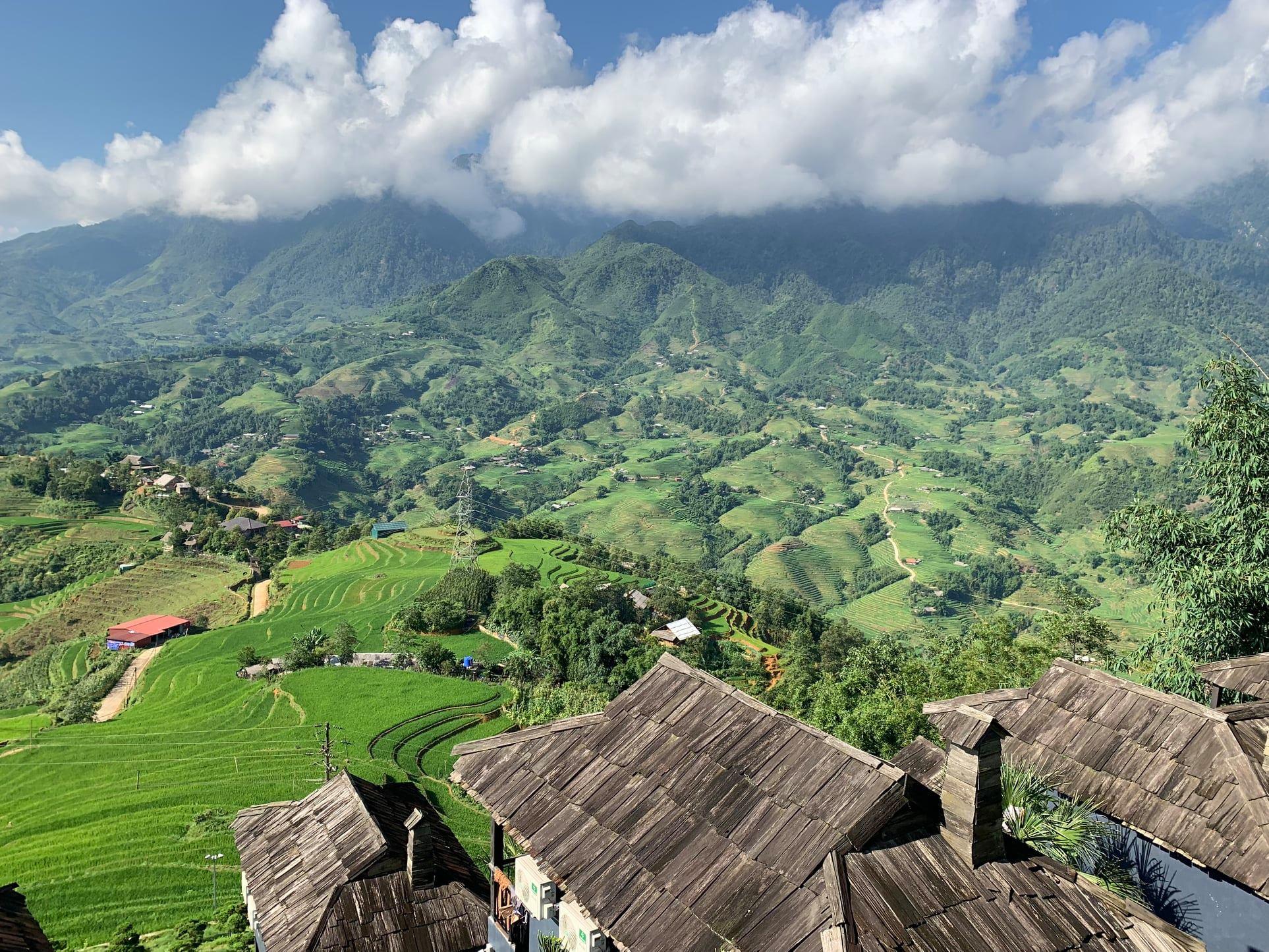 The-Mong-Village-Sapa-ivivu-9