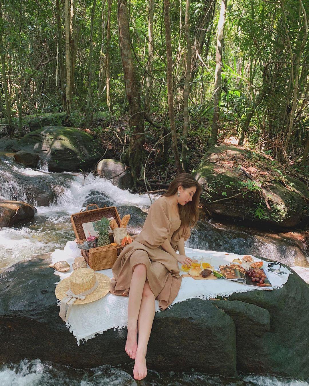 Top 4 con suối đẹp mê khi du lịch Phú Quốc