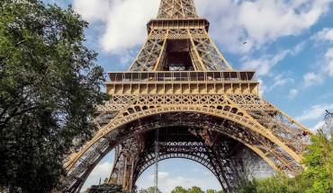 Eiffel-mo-cua-tro-lai-ivivu-1